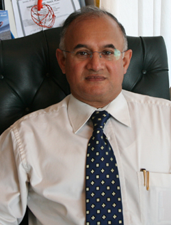 Dr Vagish Singh - Cardiologist - Sunnybank | HealthShare