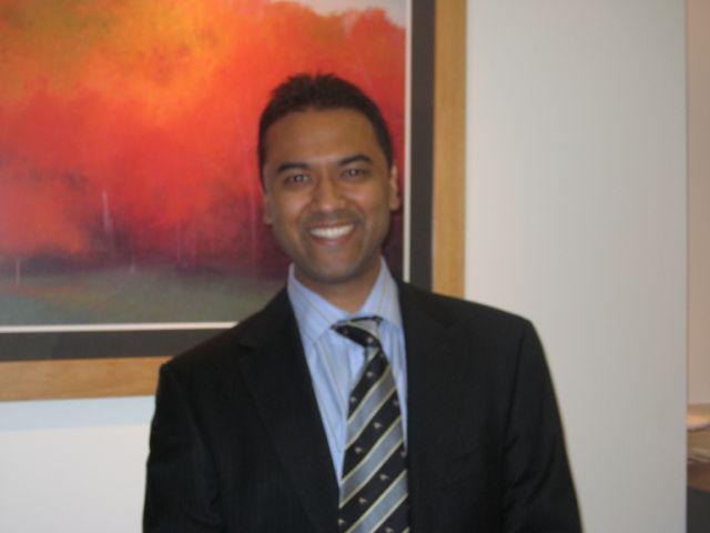 Dr Rolf Gomes - Cardiologist - Taringa 4068   HealthShare